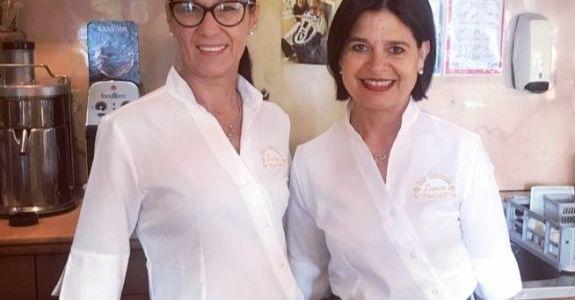 #barcentralesalvarosa  le bellissime Sandra e Lara  indossano Endi!  Grazie di  …